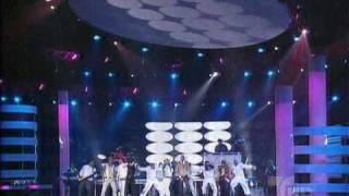 Клип Aventura - All Up To You ft. Wisin, Yandel & Akon (live)