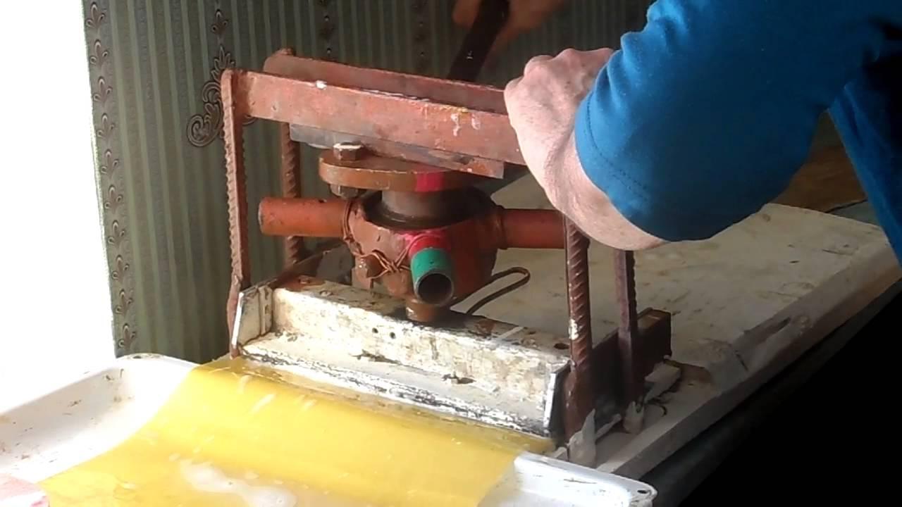 Станок для изготовления вощины своими руками 16
