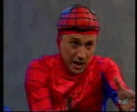 cruz y raya - Spiderman y su tia