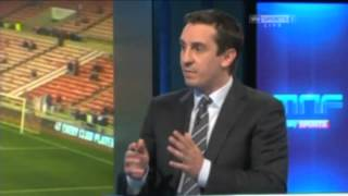 Jamie Carragher and Gary Neville discuss the evolving number 10 role