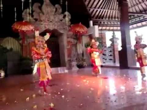 Tari Bali Condong Legong video