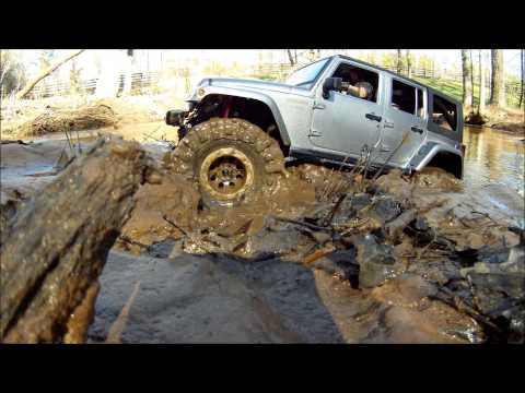 Trail Stomper...RC 4x4 ***MUDDING***Jeep JK Wrangler Rubicon UNLIMITED.