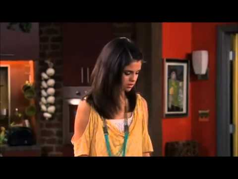 Selena Gomez - Волшебники из Вейверли Плэйс