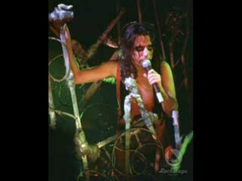 alice cooper im eighteen live 1975