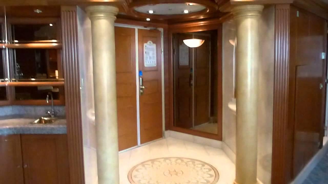 Caribbean Princess Grand Suite A750