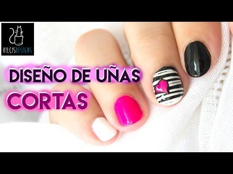 Diseño de uñas cortas blanco y negro corazón neón / Short nail design black