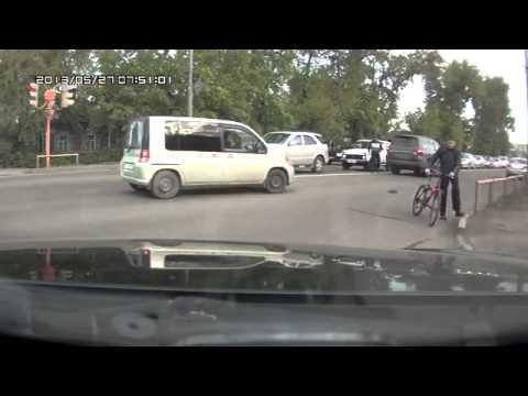 В Абакане сбили велосипедиста