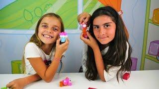 Spielspaß mit Ayça und Asseya - Ein Geschenk für Ayça - Bunchems