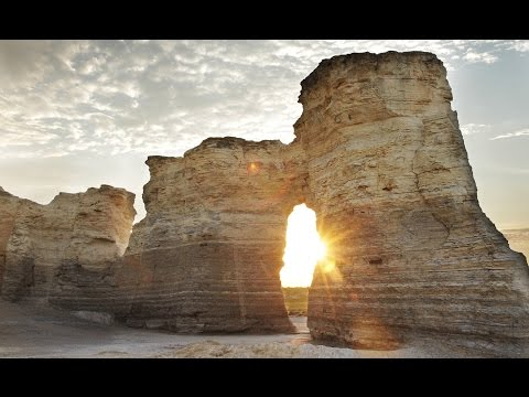 Top Tourist Attractions in Kansas - Travel Guide