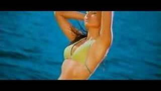 Kareena in Bikini - Tashan