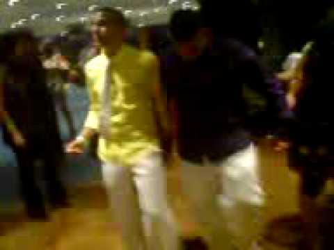 Alim & Malek  |  Dabke  | Hugo-gaudig Abschlussball 2009 | Dabke Depki Arabi | Zaza & Arab | video
