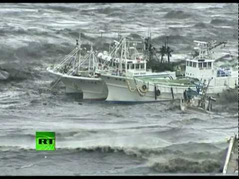 Video of mad tsunami waves battering ships, homes, cars after Japan earthquake Music Videos