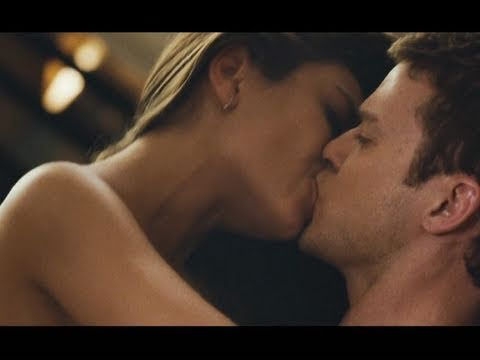 Visit the Official Site: http://FWB-Movie.com Dylan (Justin Timberlake) and Jamie (Mila Kunis) think it's going to be easy to add the simple act of sex to th...