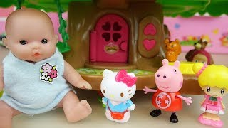 Baby doll elevator house Hello Kitty and toys play