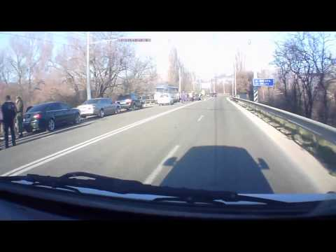 """Российский """"Тигр"""" врезался в троллейбус в Крыму"""