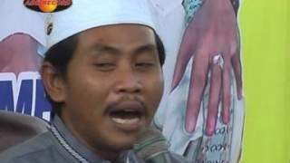 lUCU SEKAli !!! pengajian KH ANWAR ZAHID di KEDIRI.