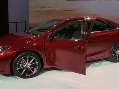 Car Tech - Can Toyota Make The New 2015 Camry Xse Sexy? video
