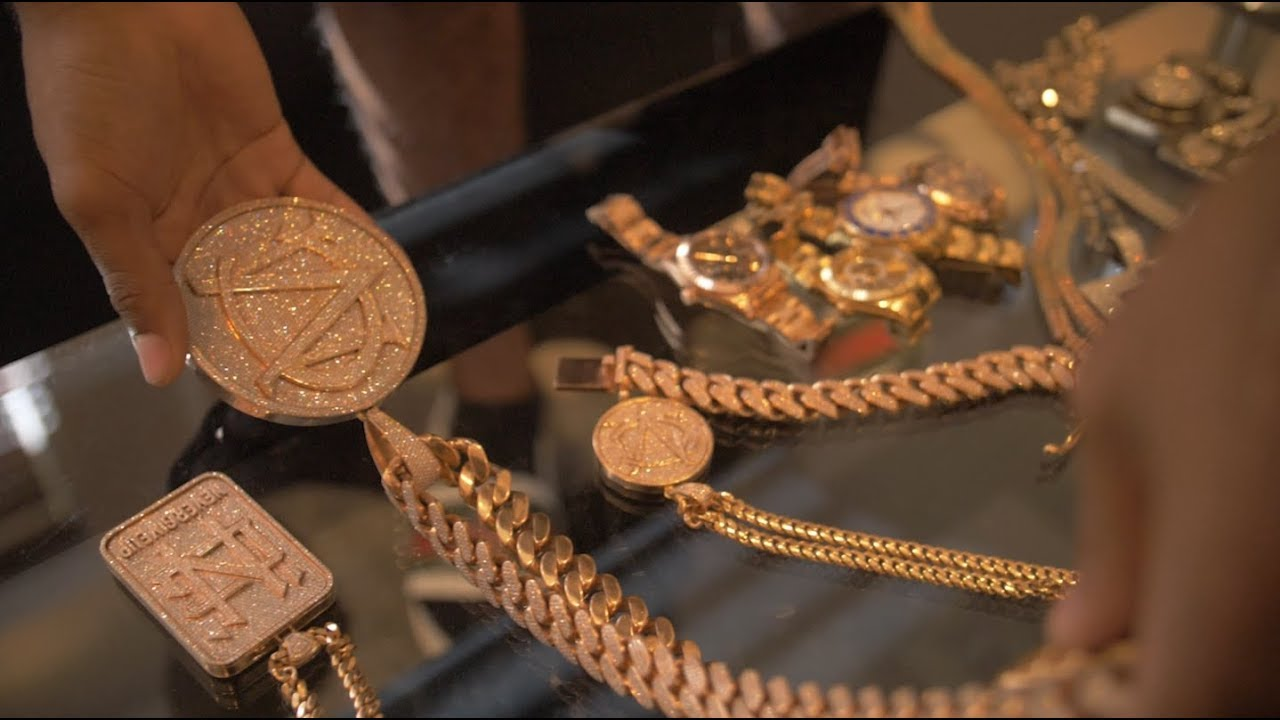 C Montana shows over 240k worth of Jewellery   Link Up TV
