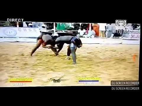 Yacouba Adamou vs Lawali Issoufou lutte traditionnelle du Niger thumbnail