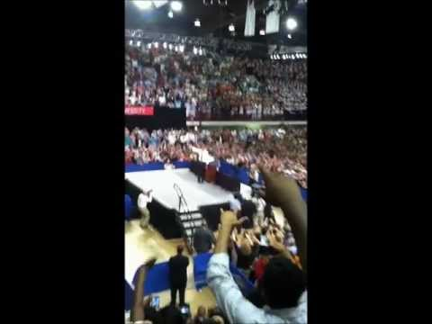 NC State Students do the Wave at Obama Rally