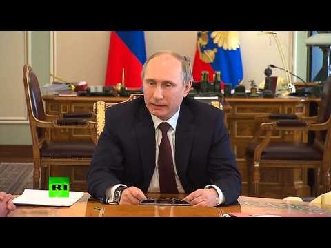Putin to EU: Pastries on Maidan not enough to save Ukraine's economy