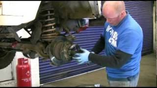 landroverworkshopDVD.com how to replace landrover defender wheelbearings hub seal and caliper etc