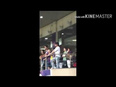 Shah Rukh Khan, AbRam, Virat Kohli, Parineeti During IPL Match