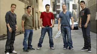 Watch New Kids On The Block Full Service video