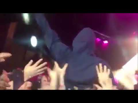 Liam Gallagher crowd surfing at Cal Jam Festival in California (Foo Fighters)