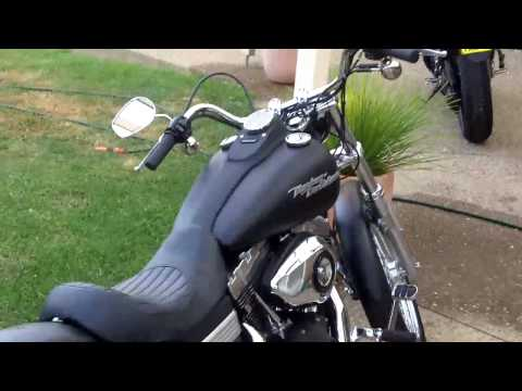 2008 Harley Davidson Dyna Street Bob Video