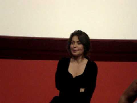 2010 – 05 – 19 – Sabina Guzzanti al Modernissimo (Napoli) Parte 2 di 3.mpg