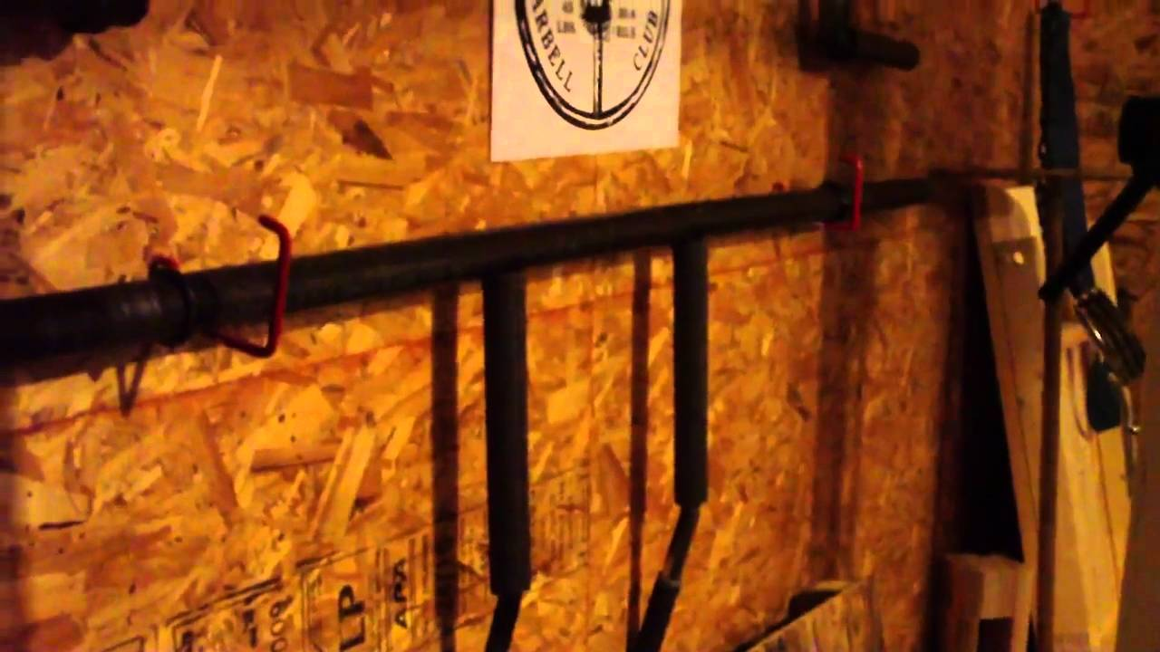 Homemade safety squat bar camb bar youtube for Homemade safety squat bar