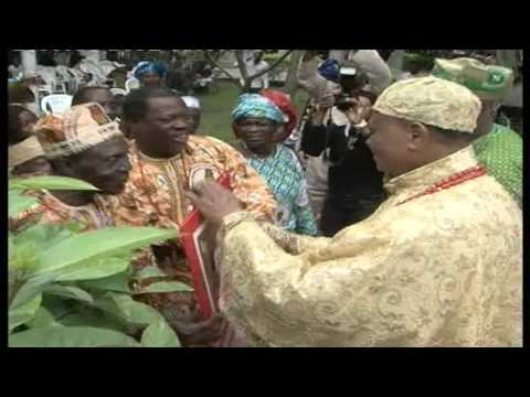 Okada and Usen communities felicitate with Esama of Benin