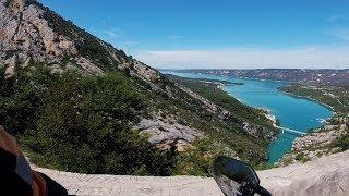 Lac de Sante-Croix 🎼 Provenza in moto - Nik 420
