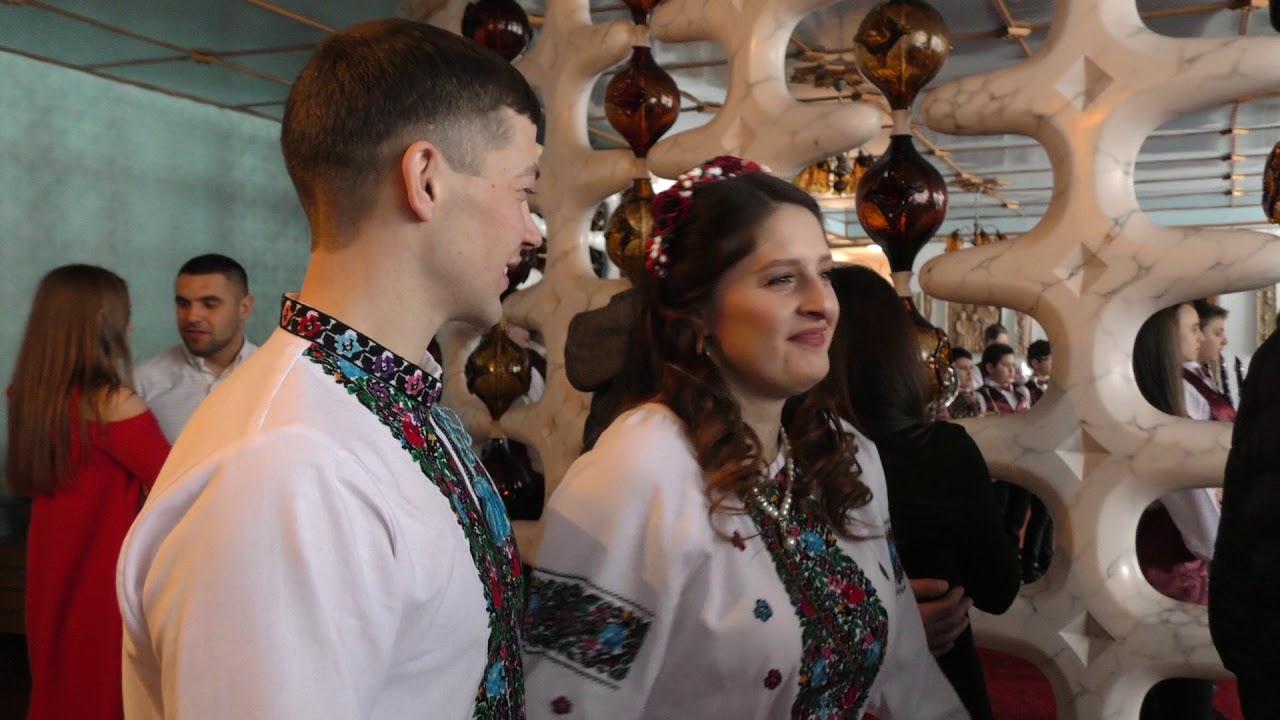 Польський рок-музикант у День Валентина взяв шлюб у Калуші