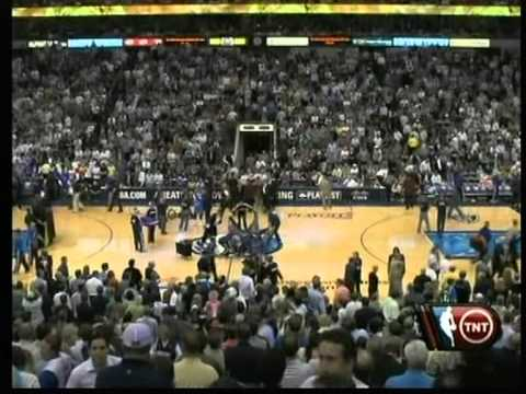Dirk Nowitzki 44 pts vs Carmelo Anthony 41 pts, playoffs 2009 mavs vs nuggets game 4