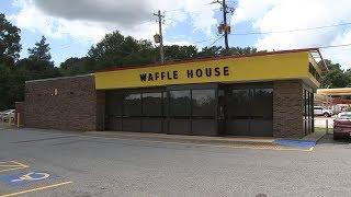Armed men wearing masks rob Waffle House near UGA campus