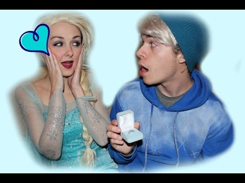 JACK FROST PROPOSES TO QUEEN ELSA