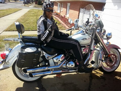 how to clean white wall tyres