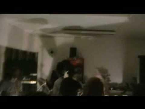 Saapuva Tavara (Live @ Ravintola Helmi 11/2008)