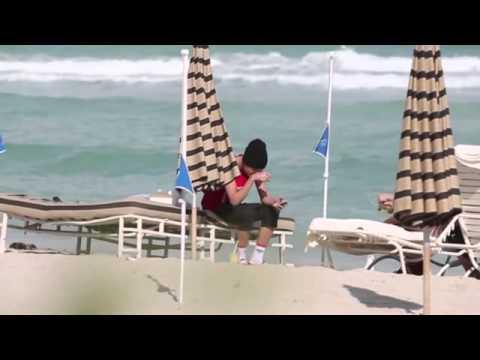 Justin Bieber Selena Gomez Beach & Holiday (Shirtless Summer) thumbnail