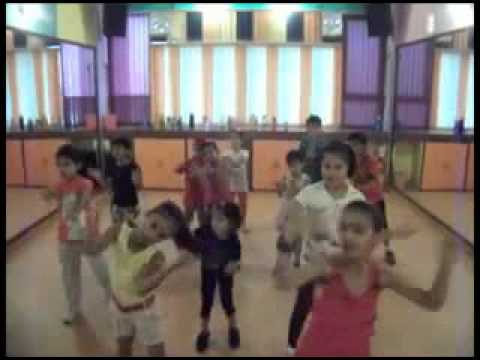 Tumhi Ho Bandhu  Cocktail  Kids Dance Moves By Step2step Dance Studio 9888697158 video
