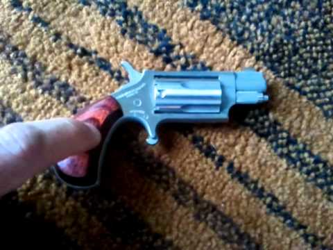 North American Arms 5 shot mini revolver in 22 magnum NAA 22wmr