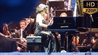 Khatia Buniatishvili - Clair de lune (Debussy) Encore 2017. Khatia Buniatishvili Amazon