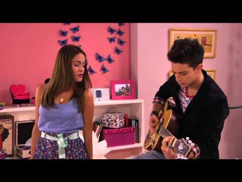 Violetta - Violetta i Federico śpiewają En mi mundo u Violetty. Odcinek 57. Oglądaj w Disney Channel