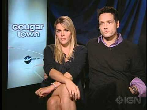 Busy Philipps & Josh Hopkins Cougar Town interview