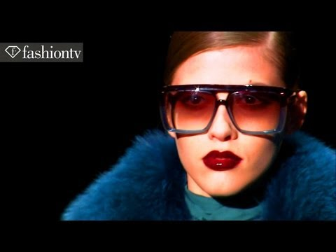 Models - Yulia Kharlapanova + Zuzanna Bijoch - Fall 2011 Fashion Week | Fashiontv - Ftv video