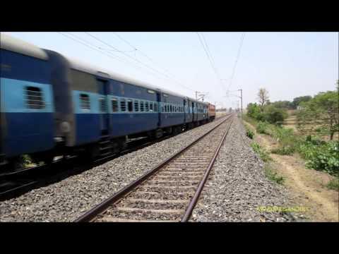 Hwh Wap 4 + Icf = 12325 Gurumukhi Sf Express Throttles Pure 110 Kmph Action video