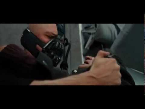 The Dark Knight Rises - Bane ed il povero aereo