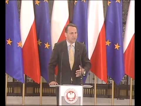 Briefing prasowy marszałka Sejmu Radosława Sikorskiego